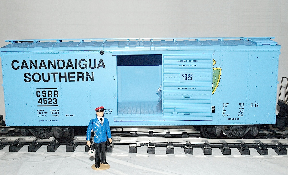 "NMRA ""Living Legend"" - Canandaigua Southern gedeckter Güterwagen, blau (Simulated steel box car, blue) 4523"