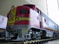 Santa Fe F7A Diesellok (Diesel locomotive) 329 (on-board decoder)