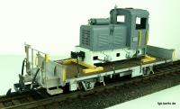 Flachwagem mit Feldbahnlok Ladung (Flat car with Field Railway locomotive load) Kk 7356